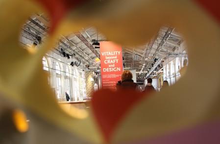 Filer à la Biennale du design à Saint-Étienne !