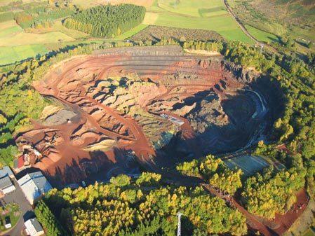 Le Volcan de Lemptégy, Site unique en Europe, 100% naturel !